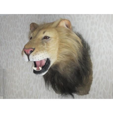Réplique Lion haletant, non agressif